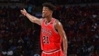 Jimmy Butler deixa os Bulls para reencontrar o técnico Tom Thibodeau