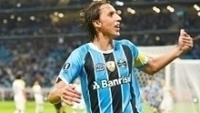 Pedro Geromel é um dos destaques do Grêmio