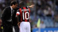 Aos 36 anos, o camisa 10 deixou o Milan em busca de um último desafio na carreira e em atrito com o treinador Massimiliano Allegri