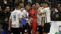 Corinthians seguiu adiante na competição