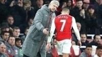 Arsene Wenger Alexis Sanchez Arsenal Stoke City Premier League 10/12/2016