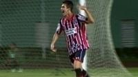 Shaylon, camisa 10 do São Paulo, celebra o 2º gol na final