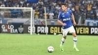 Diogo Barbosa fez boa dobradinha com Cabral no lado esquerdo do Cruzeiro