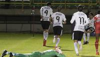 Balbuena comemora o gol que empatou o jogo nos acréscimos