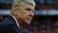 Wenger admite frustração após Arsenal ficar fora da Liga dos Campeões