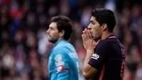 Luis Suárez vai ficar parado por até cinco semanas