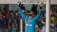 Vanderlei fez uma partida histórica diante do Atlético-PR, na Vila Belmiro