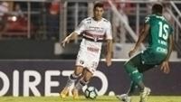 O atacante Marcinho em ação contra o Palmeiras, no Morumbi