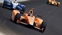 Fernando Alonso durante as 500 Milhas de Indianápolis: abandono no final