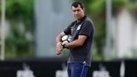 Treinador Fábio Carille não confirmou os titulares do Corinthians