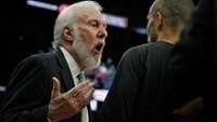 Gregg Popovich grita com Tony Parker durante San Antonio Spurs x Memphis Grizzlies