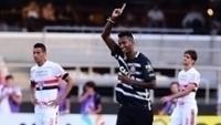 Jô comemora gol de empate do Corinthians contra o São Paulo, no Morumbi