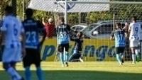 Grohe defendeu pênalti na vitória sobre o Cruzeiro-RS