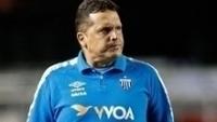 Técnico Claudinei Oliveira, do Avaí, na partida contra o São Paulo