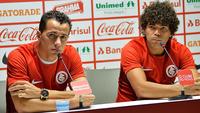 Leandro Damião e Camilo já podem estrear pelo Internacional