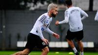 Lucas Lima durante o treino do Santos nesta quinta-feira