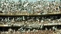 Não faltaram bandeiras no segundo jogo da final entre Corinthians e Ponte Preta em 1977 no Morumbi