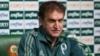 Cuca tem problemas no meio-campo do Palmeiras