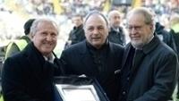 Zico foi homenageado pela Udinese antes do jogo contra o Chievo Verona