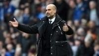 Guardiola durante jogo do Manchester City ocntra o Liverpool