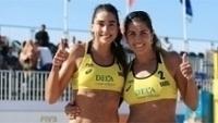 Carol Solberg (e) e Maria Elisa (d) tiveram um grande dia nas areias de Haia, na Holanda