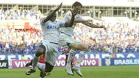 Sassá marcou o primeiro dos dois gols do Cruzeiro contra o Sport