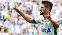 Tulio de Melo fez o segundo gol da Chapecoense na vitória sobre o Palmeiras