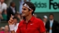 Federer comemora vitória sobre Djokovic, no Roland Garros de 2012, ano em que foi número um pela última vez