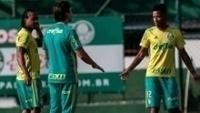 Arouca e Tche Tche durante treino do Palmeiras