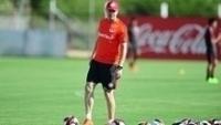 Antônio Carlos durante treino do Internacional