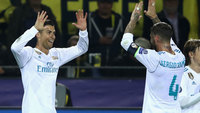 Cristiano Ronaldo e Sergio Ramos celebram gol do Real Madrid na Champions League