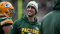 Aaron Rodgers, quarterback do Green Bay Packers, em jogo contra o Tampa Bay Buccaneers na NFL