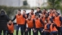 Jogadores do Corinthians no treino desta sexta-feira