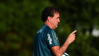 Cuca durante o treino do Palmeiras