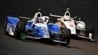 Sato e Castroneves dividem pista das 500 milhas de Indianápolis