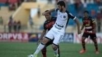 Felipe Menezes deu a assistência do único gol da partida deste domingo