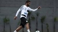Santos encara o  Sporting Cristal, nesta terça-feira