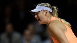 Sharapova começa bem, mas leva virada e perde a primeira desde seu retorno