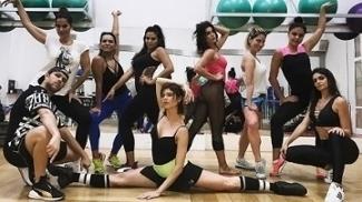 Siga os passos do Dance Clip e seja Beyoncé, Anitta, Lady Gaga ou a estrela que você quiser