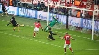 Thiago Alcântara perdeu a grande chance do 2º tempo