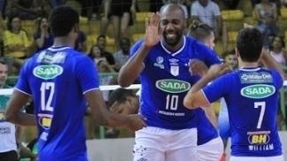 Jogadores do Sada/Cruzeiro durante vitória na Superliga