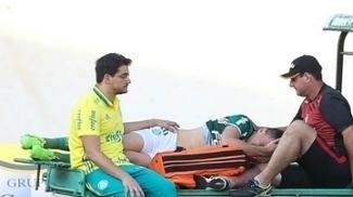 Choro e reza pelo camisa 10: Força, Moisés, a torcida do Palmeiras está com você