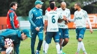 Felipe Melo durante treino