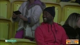Vágner Love foi aoa estádio ver a partida
