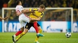 Ginter foi titular na derrota do Dortmund para o Monaco em casa