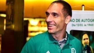 Fernando Prass acumulará mais um recorde com a camisa alviverde