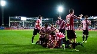 Athletic Bilbao marca nos acréscimos, bate Eibar e entra na zona de Europa League; veja