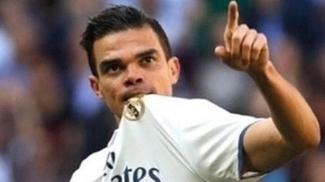 Zagueiro Pepe atuou por dez temporadas no Real Madrid e conquistou tudo o que era possível