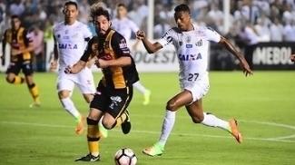 The Strongest tenta se impor contra o Sporting Cristal