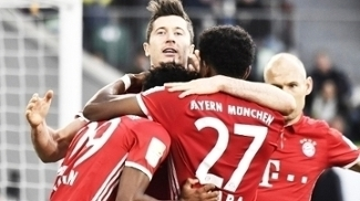 Lewandowski Comemora Gol Bayern Wolfsburg Campeonato Alemão 29/04/2017
